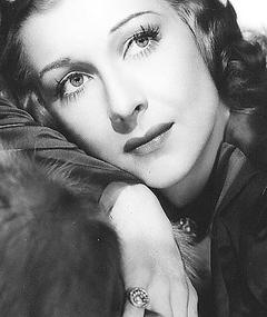 Photo of Shirley Ross