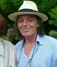 Photo of Sé Merry Doyle