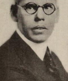 T. Hayes Hunter adlı kişinin fotoğrafı