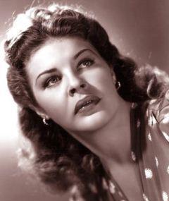 Photo of Martha Raye
