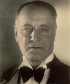 Heinrich Schroth adlı kişinin fotoğrafı