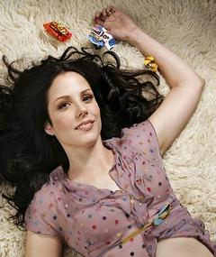 Photo of Mary-Louise Parker