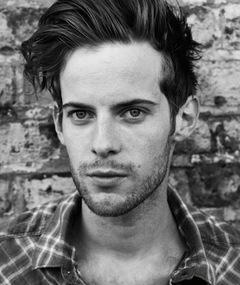 Photo of Luke Treadaway