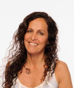 Photo of Laura Bari