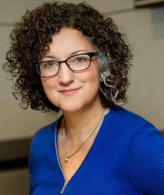 Photo of Lisa Mullins