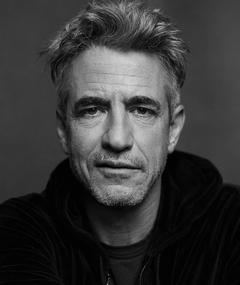 Photo of Dermot Mulroney