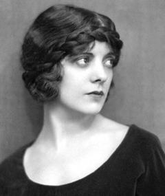 Photo of Alma Rubens