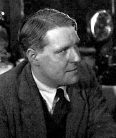 Walter Forde adlı kişinin fotoğrafı