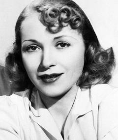 Photo of Bernadene Hayes