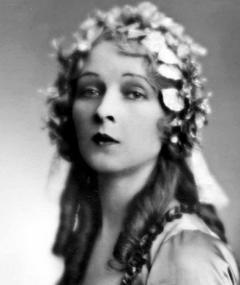 Photo of Eve Gray