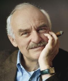 Charles Brauer adlı kişinin fotoğrafı