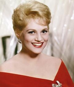 Photo of Judy Holliday