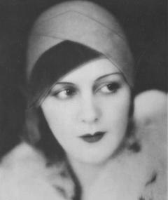 Photo of Renée Héribel