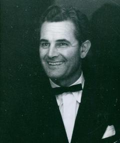 Photo of Donald Gray
