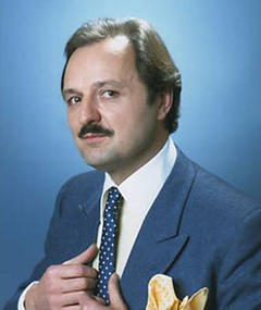 Photo of Peter Bowles