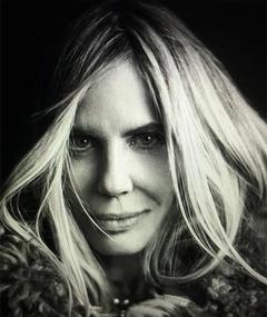 Photo of Elizabeth Kemp