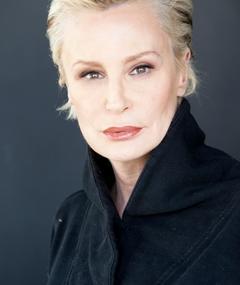 Photo of Lisa Hart Carroll