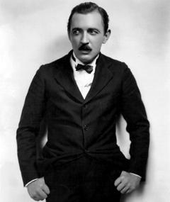 Photo of Raymond Griffith