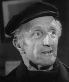 Photo of Leonard Sharp