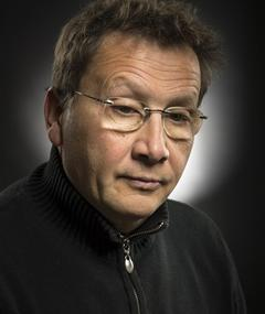 Gambar Serge Larivière