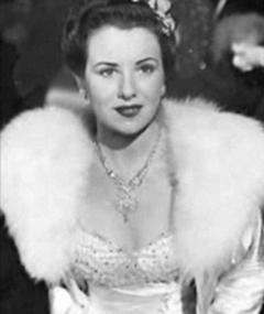 Photo of Ruth Warrick