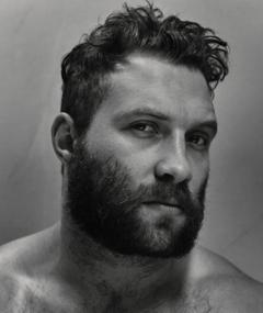 Photo of Jai Courtney