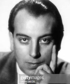 Aldo von Pinelli adlı kişinin fotoğrafı