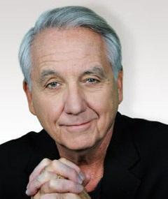 Photo of Bob Gunton
