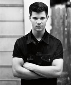 Photo of Taylor Lautner