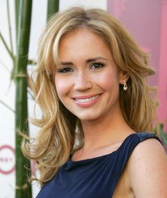 Gambar Ashley Jones