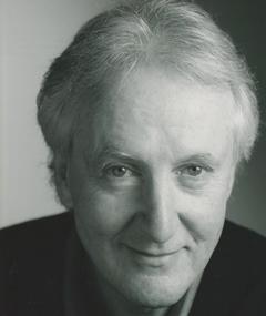 Photo of Hugh Fraser