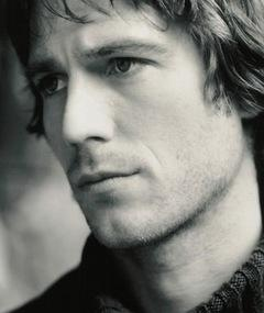 Photo of Michael Vartan