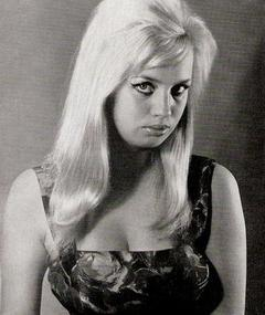 Photo of Barbara Valentin