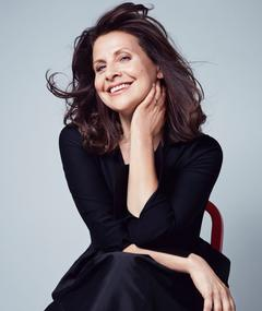 Photo of Rebecca Front