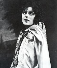 Photo of Clarine Seymour