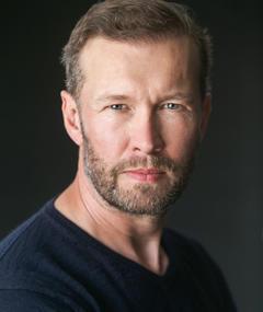 Photo of Gordon Alexander