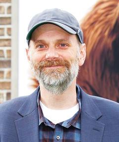 Gambar Brian Lynch