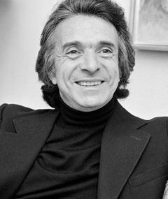 Photo of Arthur Hiller