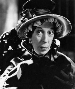 Photo of Edna May Oliver