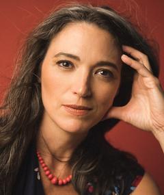 Photo of Elizabeth Laidlaw