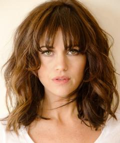 Photo of Carla Gugino