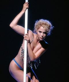 Photo of Elizabeth Berkley