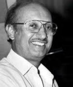 Photo of Manmohan Desai