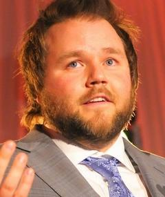 Photo of Tyler Labine