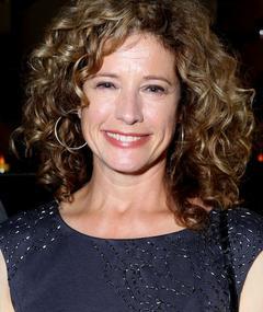 Photo of Nancy Travis