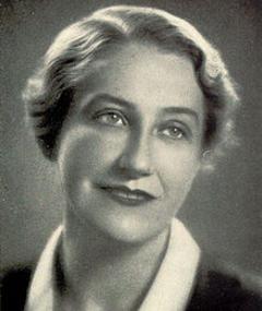 Thea von Harbou adlı kişinin fotoğrafı