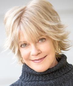 Photo of Julie Cobb