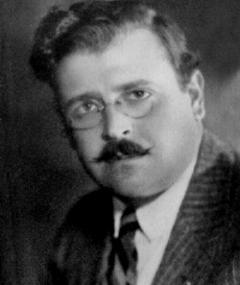 Photo of Erle C. Kenton