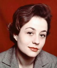 Photo of Annie Girardot