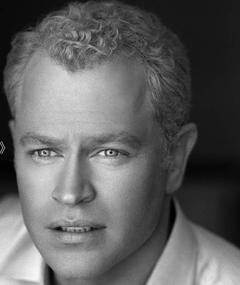 Photo of Neal McDonough